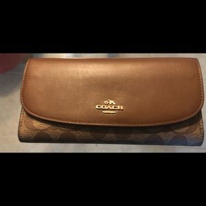 Coach Wallet (Brand new) Never used